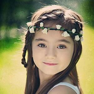 流行发型 小女生清新可爱的编发发型 流行发型 卖萌可爱小姑娘的清新