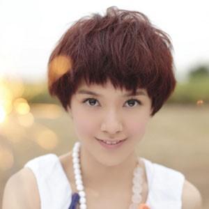 模特,2012年来内地参演电影《小时代》扮演女主角顾里,郭采洁短发发型图片