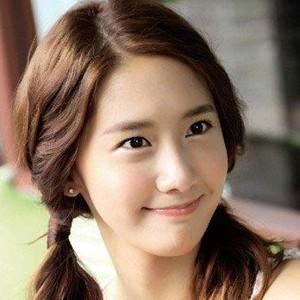 【韩国女生发型】2014韩国女生发型扎法图片
