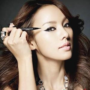 分钟大眼妆教程图解 彩妆产品 内双如何画眼妆 内双眼妆教程 化妆技巧
